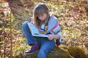 Top 10 Tips to get Children into Books