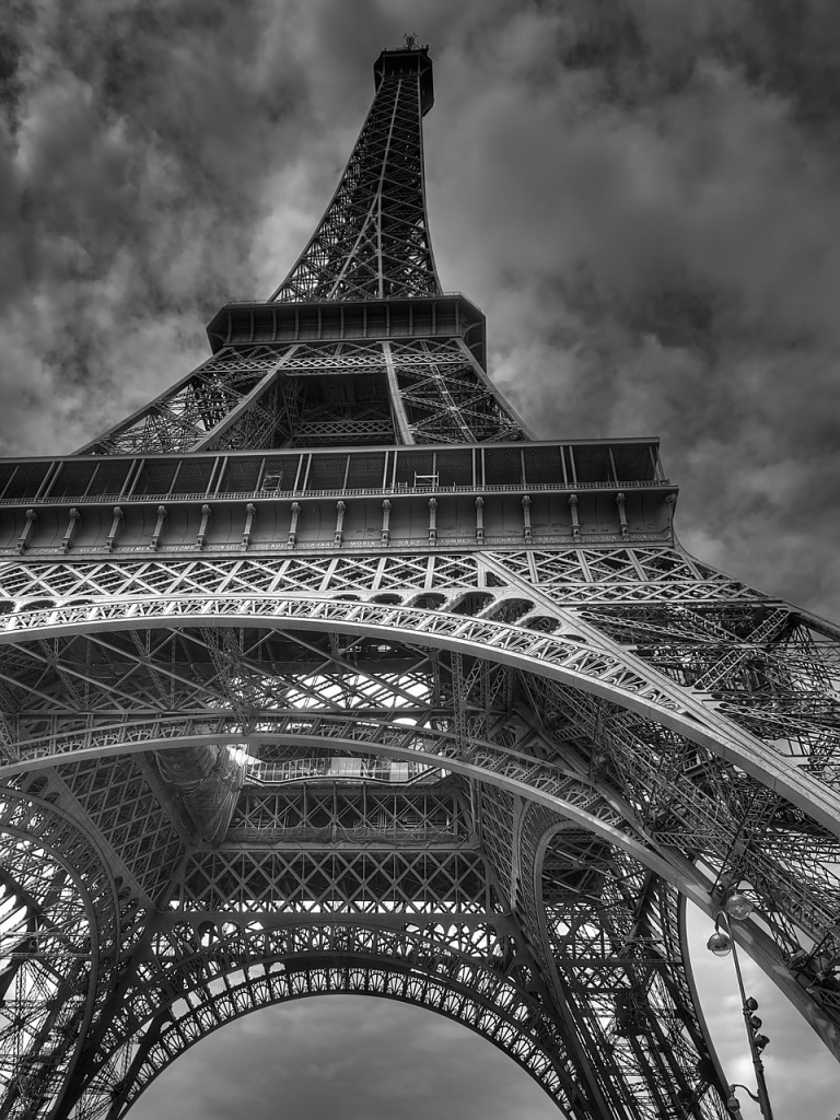 how to plan a trip to paris with your child